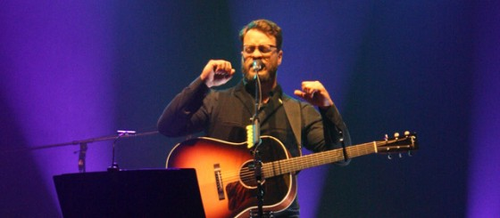 Amos Lee at Beacon Theatre
